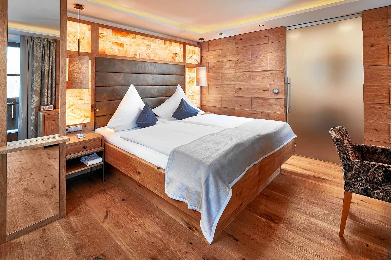 Zimmer suiten hotel zechmeisterlehen berchtesgaden for Zimmer hotel